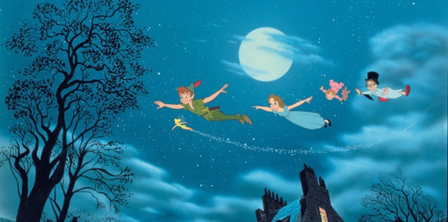 Peter Pan, TInker Bell and the Darling children fly over the houses of London