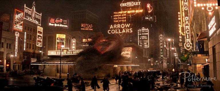 Times_Square_Fantastic_Beasts_CC_Trailer_WM