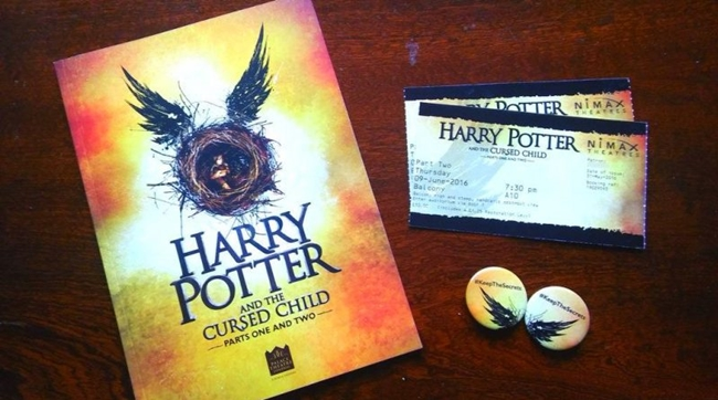 Harry-Potter-and-the-Cursed-Child-book-play-tickets-and-badges