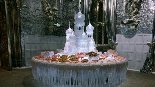 yuleball_wb_f4_icesculptureandfood_promo_080615_land