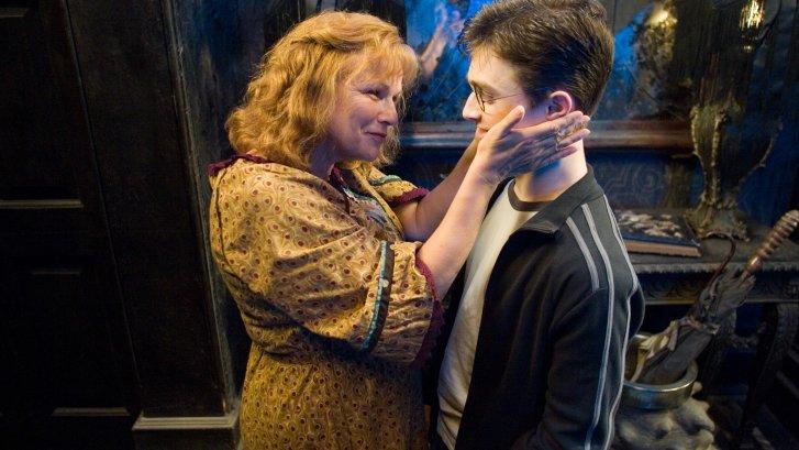 molly-weasley-ve-harry